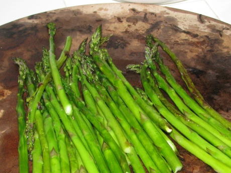 Asparagus Roasted on a Pizza Stone
