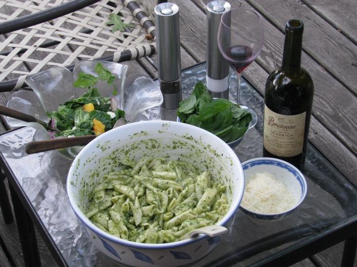 Basil Pesto with  Tube Pasta
