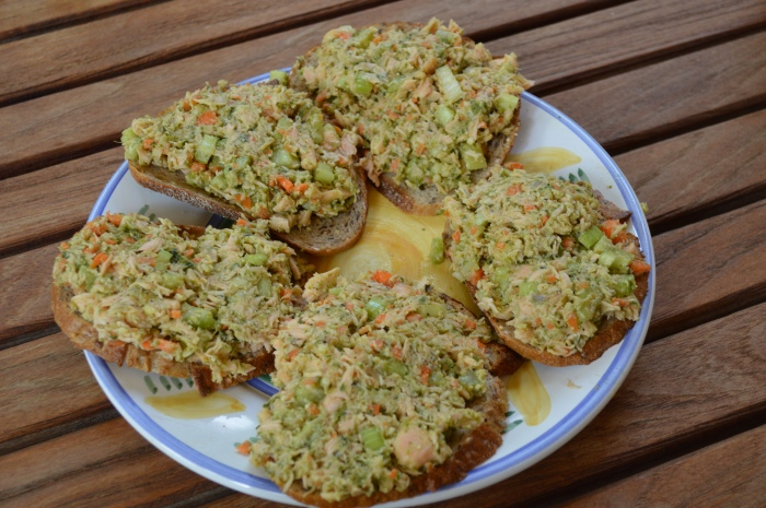 Salmon and Pesto Sandwich